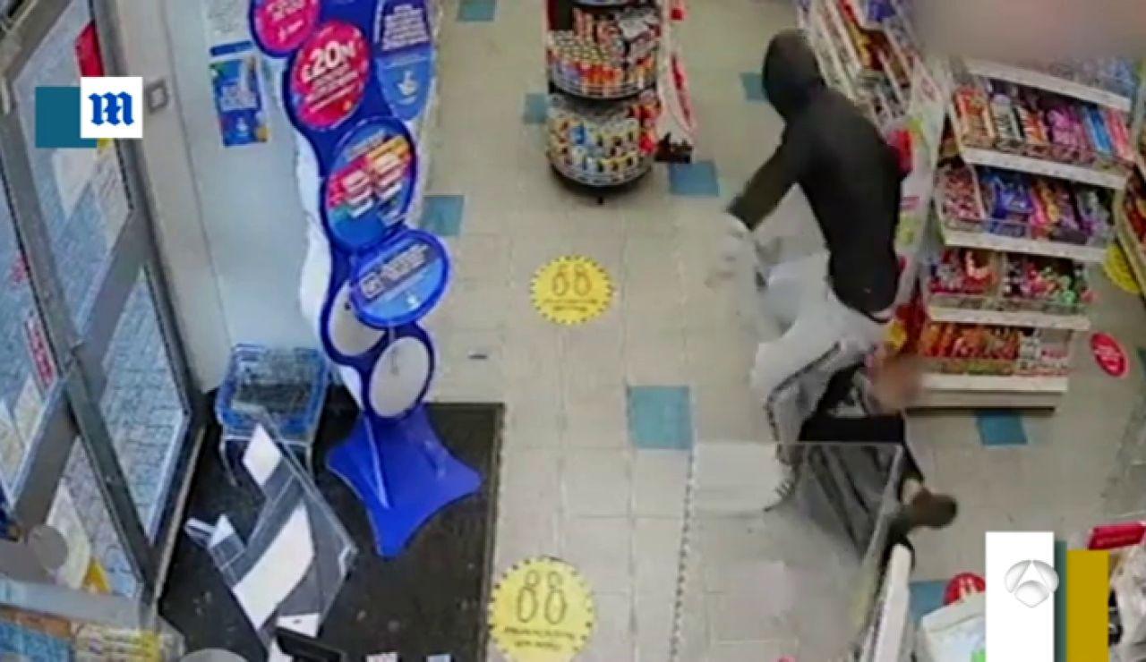 Ladrones con el culo al aire y la competencia entre ellos en Bogotá, en 'Zapeando'
