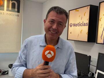 Manu Sánchez celebra con nosotros 25 años de noticias en Antena 3 Internacional